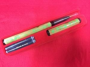 オリジナル筆ペン マルチ刀柄 黄緑色